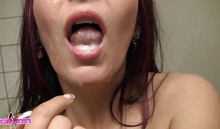 प्यारा ब्लोंडी स्ट्रोक और अपने सेक्सी फुल मूवी पिक्चर डिक licks