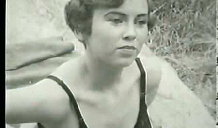सौंदर्य किशोर ऐलेना उसे नीरा सेक्सी पिक्चर हद मूवी रूममेट बकवास