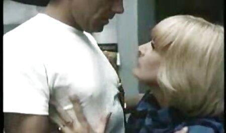 युगल मुझे कैम पर अपमानित कर फुल एचडी में सेक्सी फिल्म रहा है