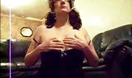 बड़े स्तन के साथ गोरा लड़की सेक्सी मूवी पिक्चर एक मुर्गा सवारी